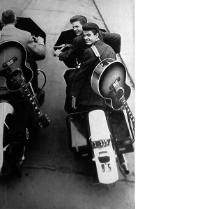 The Everly Brothers - The Everly Brothers-They're Off and Rolling (Says Archie) (1958)