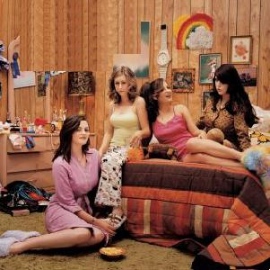 The Donnas - Spend the Night (2002)