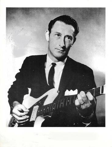 Luther Perkins (1961)
