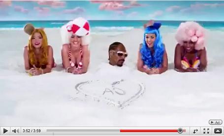 Katy Perry - California Gurls (feat. Snoop Dogg) (2010)