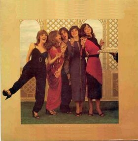 The Nolans - I'm in the mood for dancing (1979)