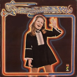 Lena Zavaroni - Ma! He's making eyes at me (1975)