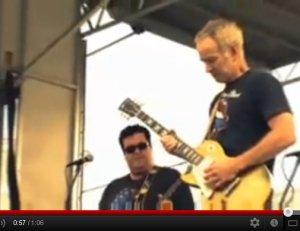 John McEnroe met de Johnny Smyth Band