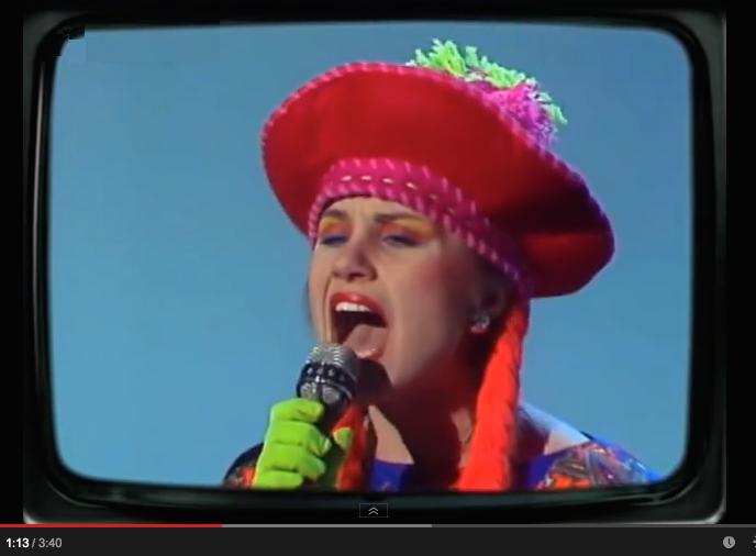 Joe Jackson - Happy Ending (ft. Elaine Caswell) (1984)