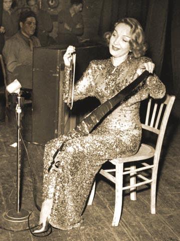 Marlene Dietrich (1948)