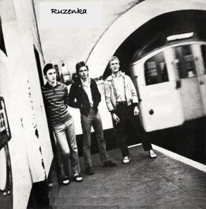 The Jam - Down in the tube station at midnight (1978)