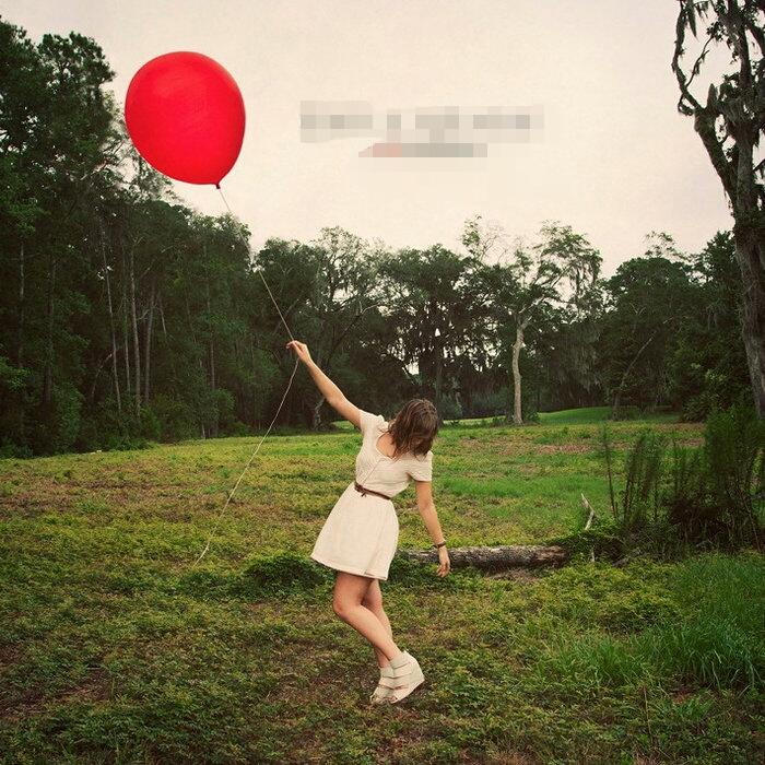 Emily Hearn - Red Balloon (2011)