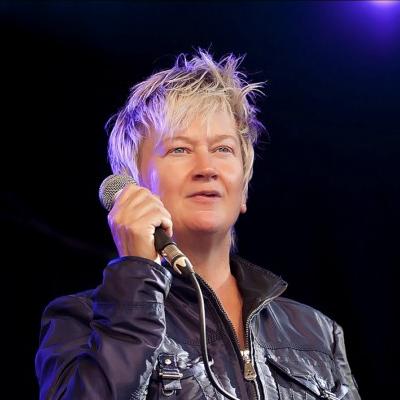 Anne Clark (2010)