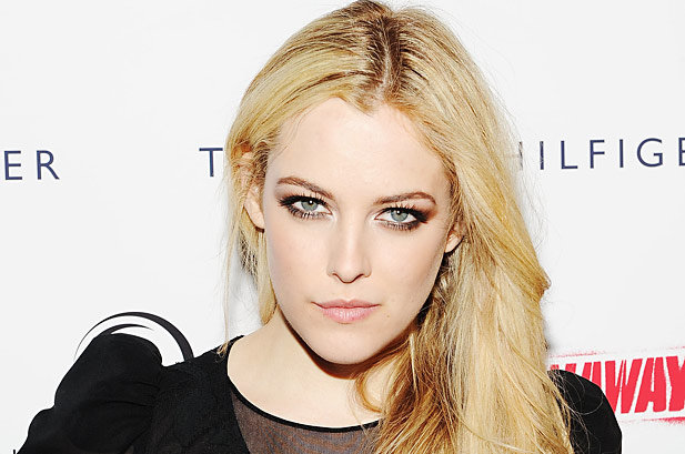 Riley Keough (2015)